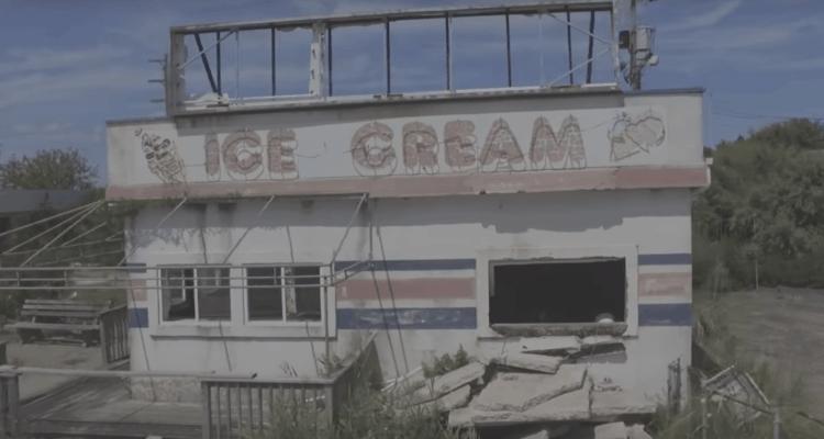 Exploring the Abandoned Islander Family Fun Park