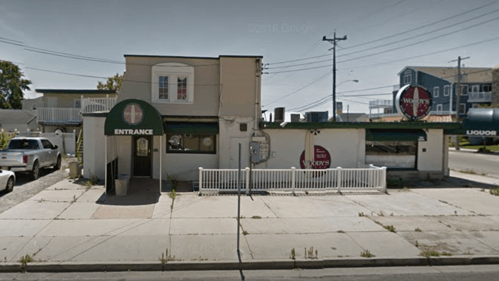 Small Fire Reported At Former Woody's Café