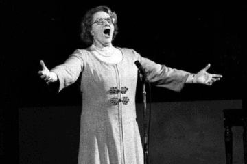 Should Wildwood Stop Playing Kate Smith's God Bless America?