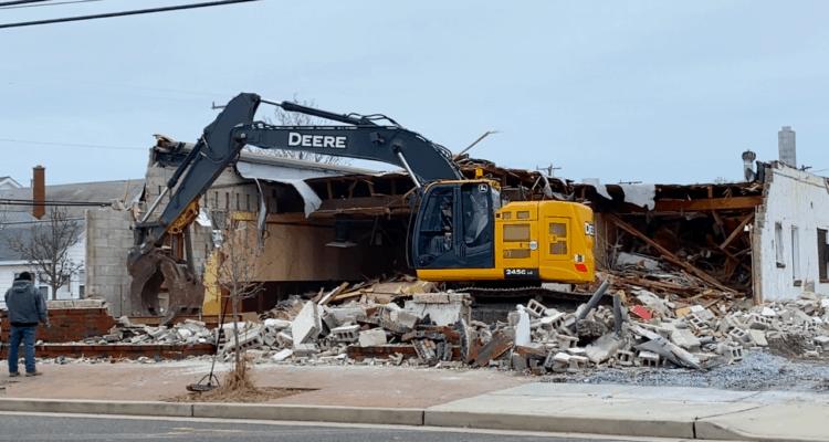 Demolishing Piro's Italian Restaurant