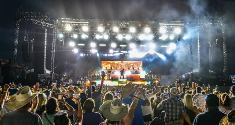 Full Barefoot Country Music Fest Line Up!