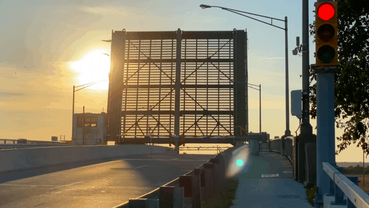 Watching The George Redding Bridge Open